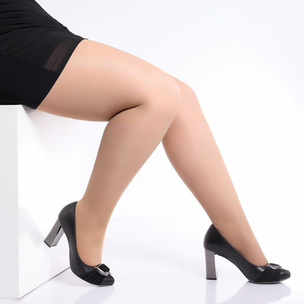Picture for category Plus Size Tights