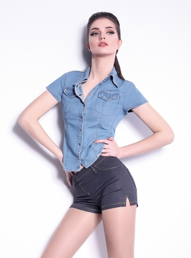 Picture of Shorts Mini Jeans model 4